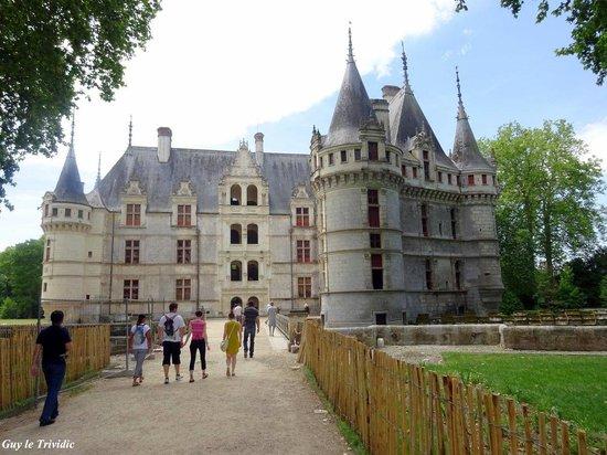 Château d'Azay-le-Rideau : Entrée du château