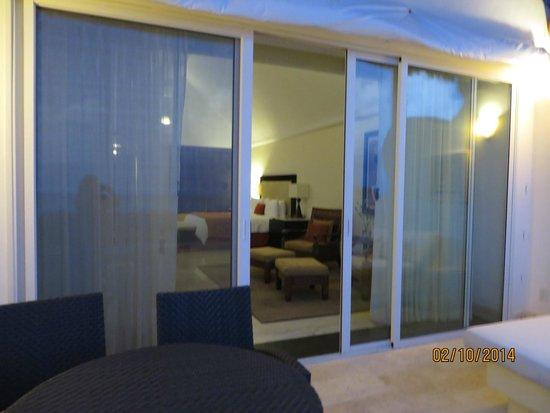Grand Velas Riviera Maya: Balcony view into room