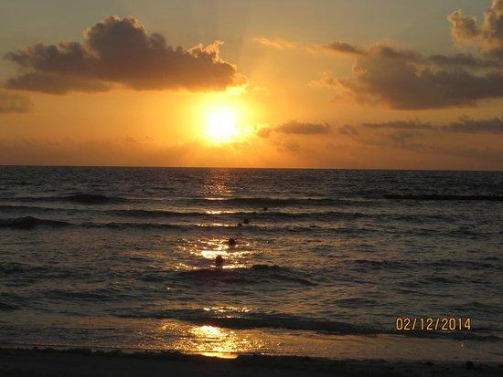 Grand Velas Riviera Maya: Sunrise