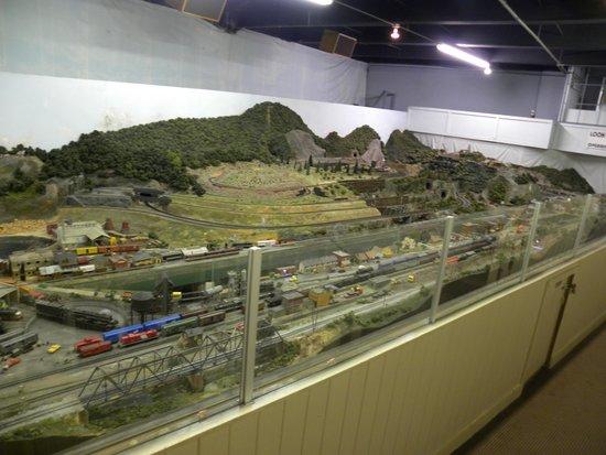 Chattanooga Choo Choo : part of train layout
