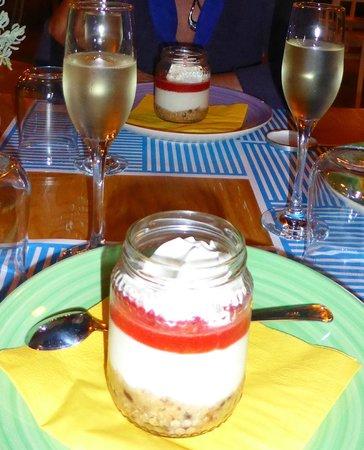 aLevante: Cheesecake and Prosecco