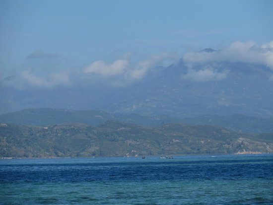 Labadee: More mountains