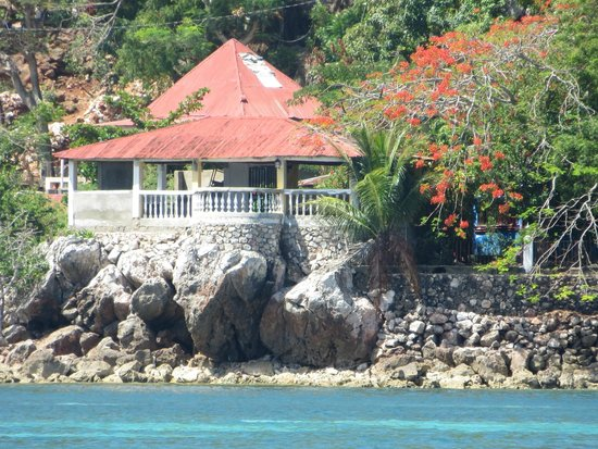 Labadee: Private home only reachable by boat