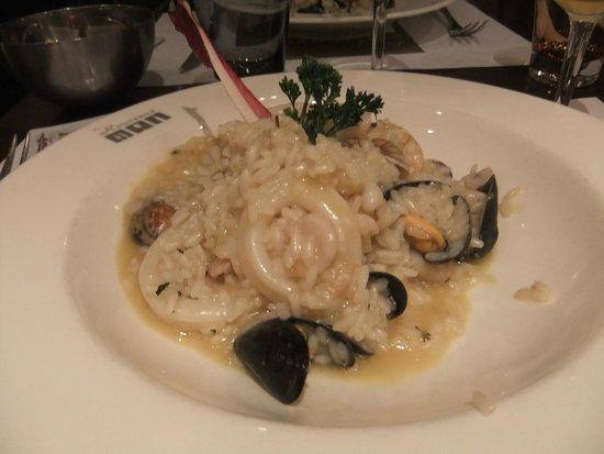 Hotel-Restaurant de la Rouvenaz : My seafood risotto.