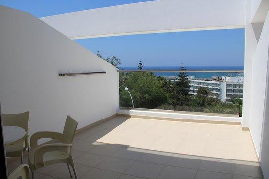 Tofinis Hotel : балкон Sea View