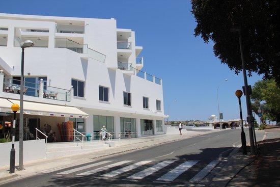 Tofinis Hotel : магазинчик на 1 этаже