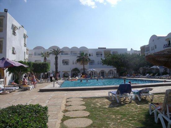 Alassio Hotel and Thalasso : La piscine