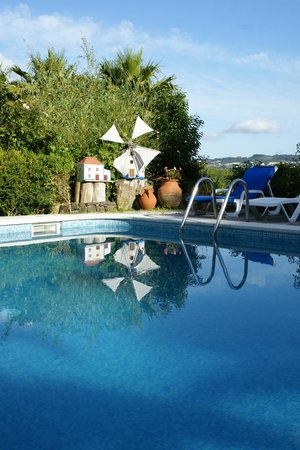 Quinta Verde Sintra: the lovely pool