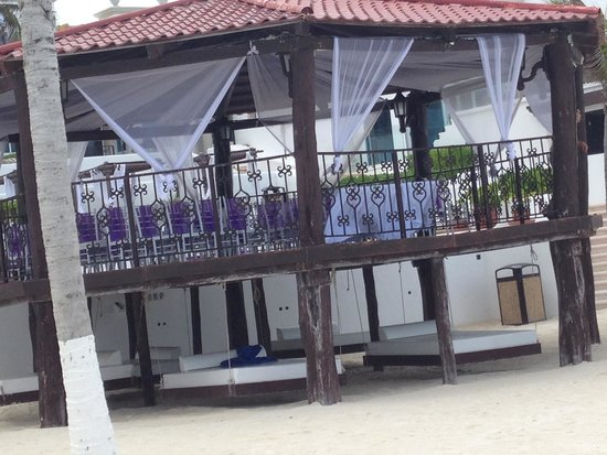 Hyatt Zilara Cancun: Gazebo dressed for wedding