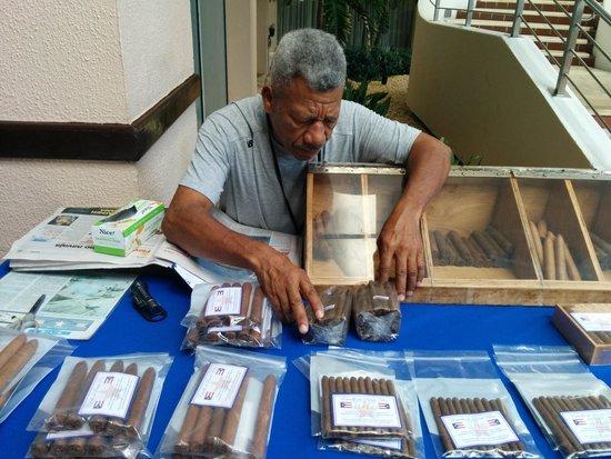 San Juan Marriott Resort & Stellaris Casino : he sells hand rolled cigars at the hotel