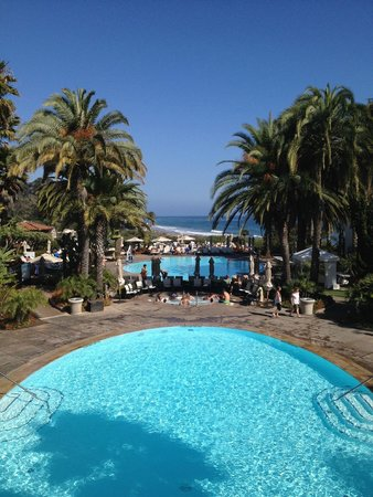 The Ritz-Carlton Bacara, Santa Barbara: Gorgeous views from the pool area