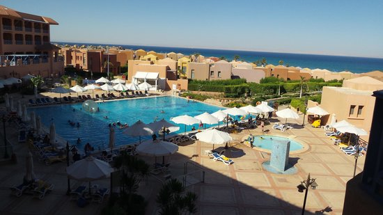Cancun Sokhna Beach Resort Managed by Accorhotels: The view from the suite