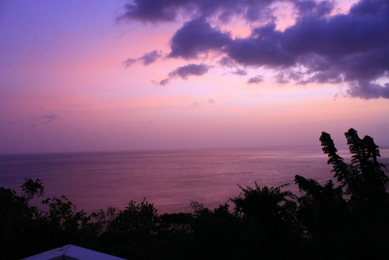 Stonefield Estate Resort : Sunset from the Flamboyant Villa Deck