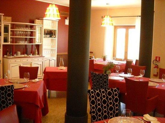 Locanda Gulfi: Dining room