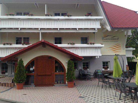 Landhotel & Restaurant Haringerhof: Hotel entrance