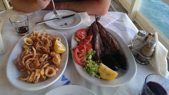 Restaurant Alyki : Calmar frit, gouna