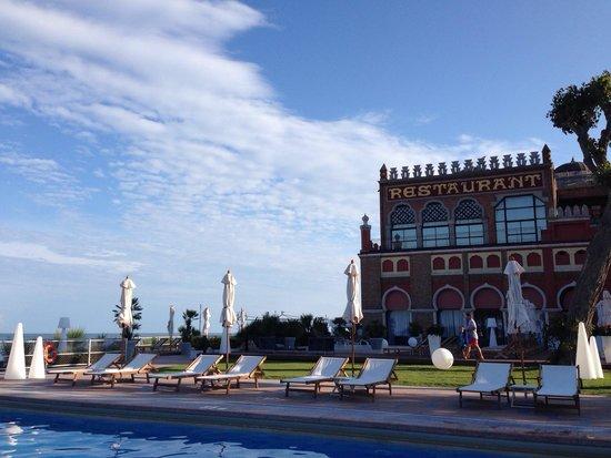 Hotel Excelsior: Beheizter Pool