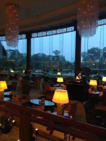 Shangri-La Hotel Guilin: precioso loby