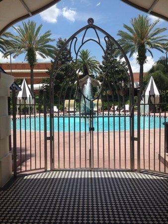 Castle Hotel, Autograph Collection: Pool entrance