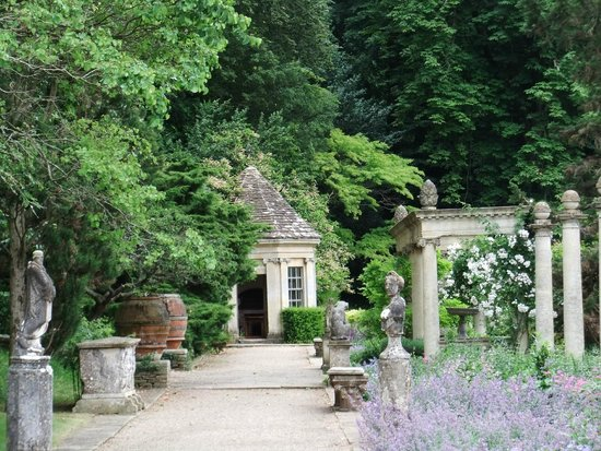 Iford Manor: The Peto Garden: My favourite part.