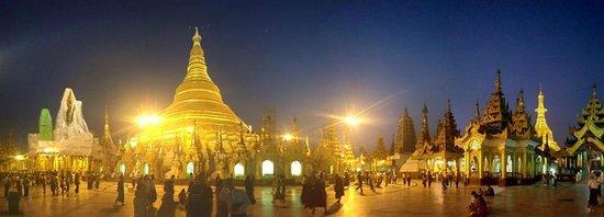 Pagode Shwedagon : after sunset!
