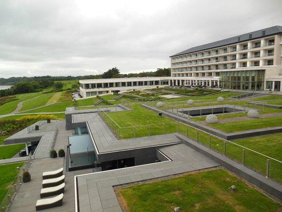 The Europe Hotel & Resort: L'hotel e i suoi giardini, vista dalla camera