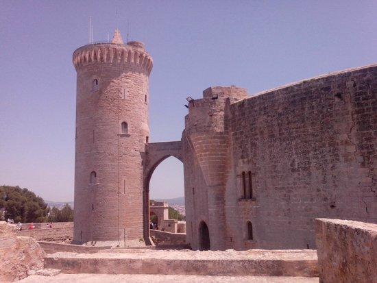 Castell de Bellver (Schloss Bellveder): 1 уровень