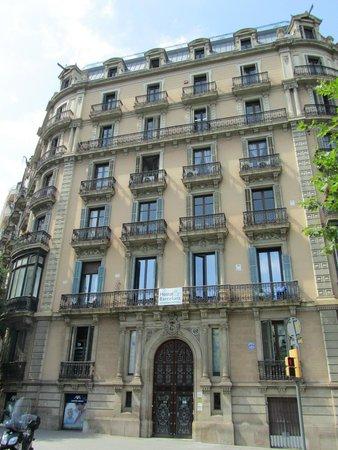 Hostalin Barcelona Gran Via : The building