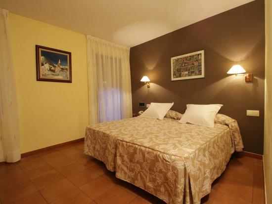 Ostau d'Oc, hôtels à Gessa