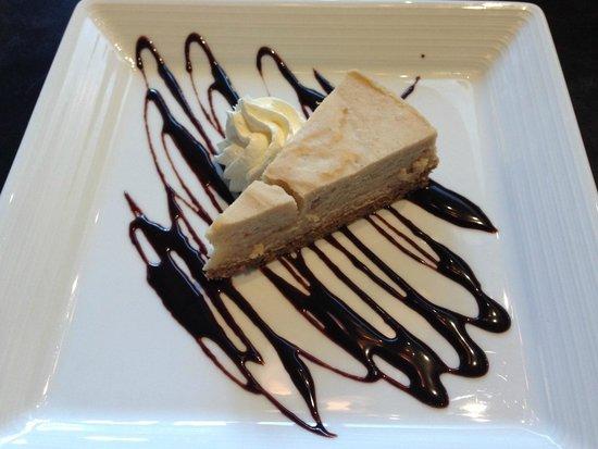 1899 Bar & Grill: Peanut butter cheesecake
