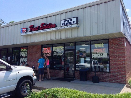 Fast Eddie's Pit Beef: Store front