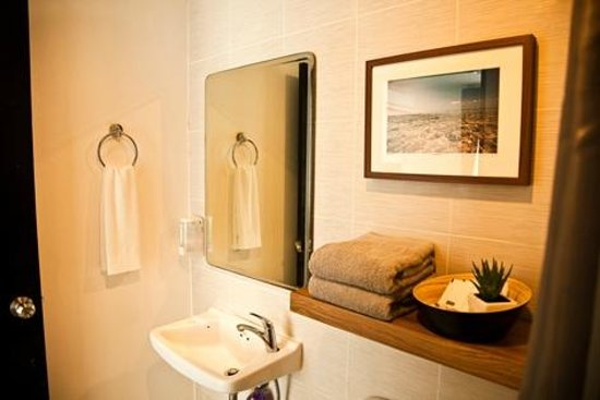 Aonang Haven Guesthouse.Massage.Tea & Gallery : Bathroom Amenities