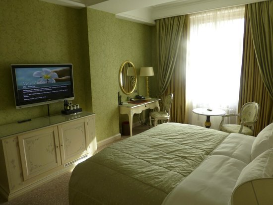 Radisson Royal Hotel Moscow : Bedroom