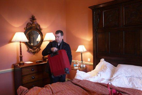 The Gore Hotel: Härlig säng