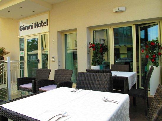 Gimmi Hotel