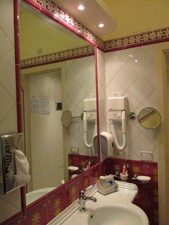 Hotel Margherita: Bagno