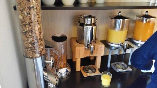 Singel Hotel Amsterdam: colazione dolce e salata (3)