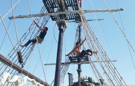 Concorde Hotel Marco Polo: Pirate ship