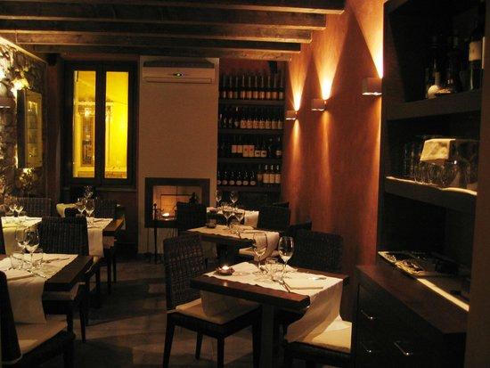 Otium Wine Restaurant: smoking room