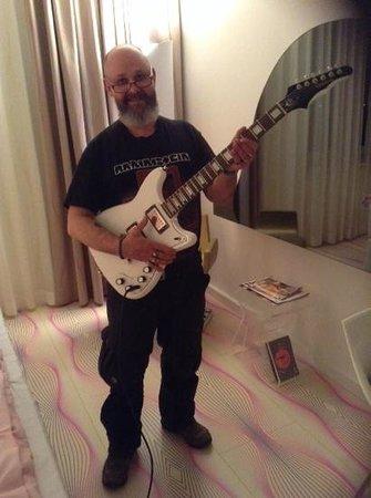 nhow Berlin: la guitare Kurt cobain