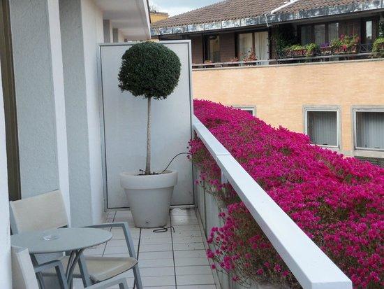 Le Meridien Visconti Rome: The balcony