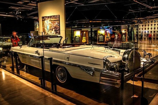 Country Music Hall of Fame and Museum : VOITURE
