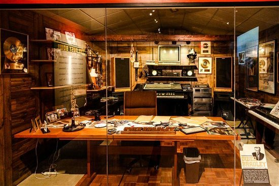 Country Music Hall of Fame and Museum : STUDIO ENREGISTREMENT