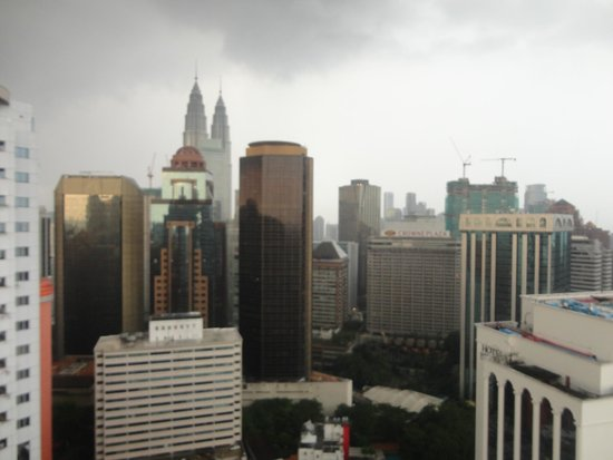 PARKROYAL Kuala Lumpur : View from roof top