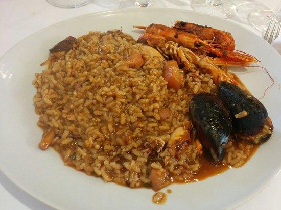 Restaurant Sa Muralla: Paella de cigalas menú 28€