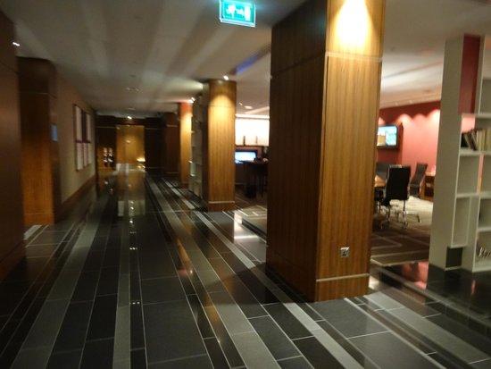 Sheraton Grand Hotel & Spa : Lobby