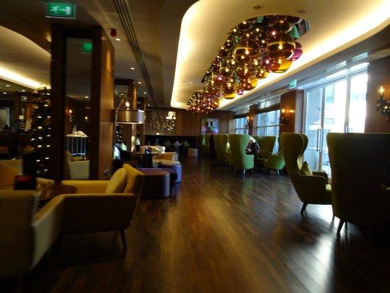 Sheraton Grand Hotel & Spa: Bar