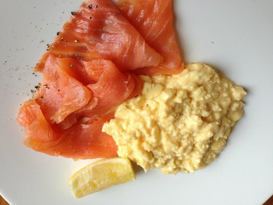 The Abbey Hotel: Salmon and eggs - one of many breakfast choices