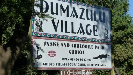 Gooderson DumaZulu Lodge and Traditional Zulu Village: Village Sign
