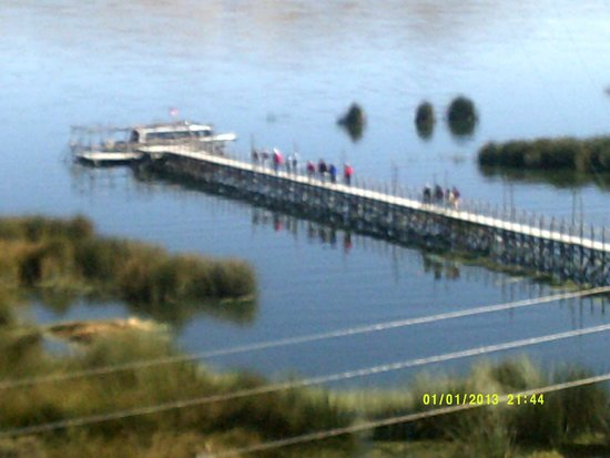 Hotel Jose Antonio Puno: Dock on Lake Titicaca